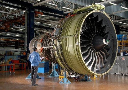 ge90-115b_engine