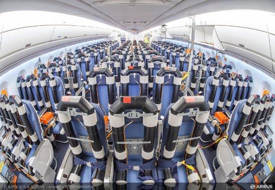 A350_MSN2_Test_Cabin_-_Economy_2